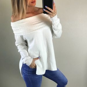 TopShop White Offshoulder Cowl Neck Sweater Size 4